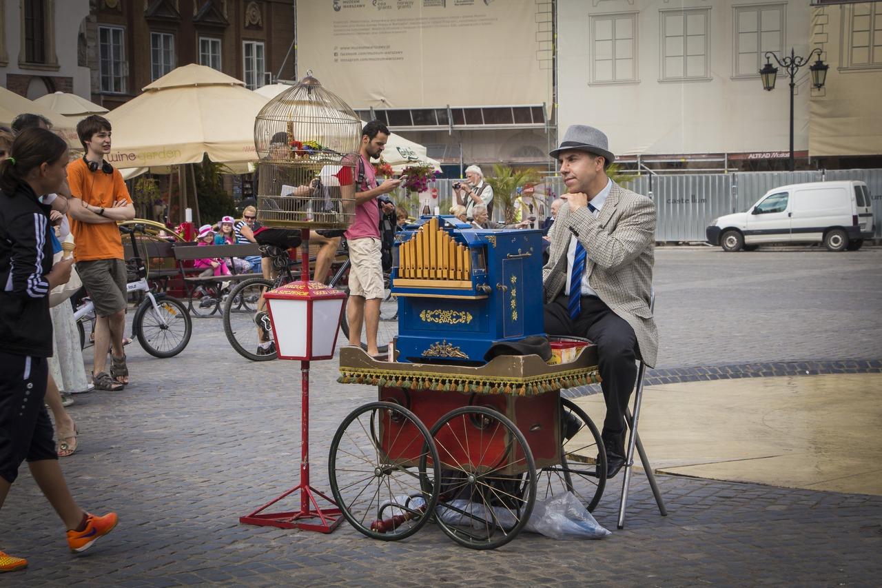 Шарманщик на Рыночной площади