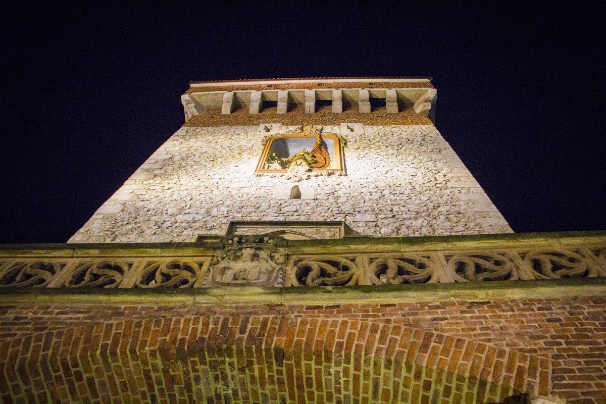Башня крепостной стены.