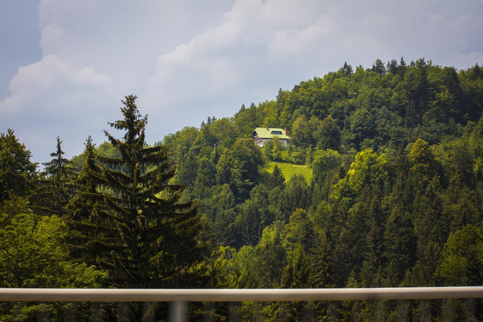 Словения. Туда бы на недельку.