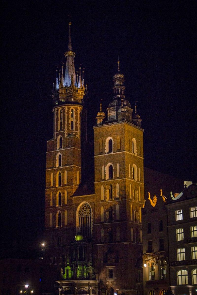 Ночной Краков.
