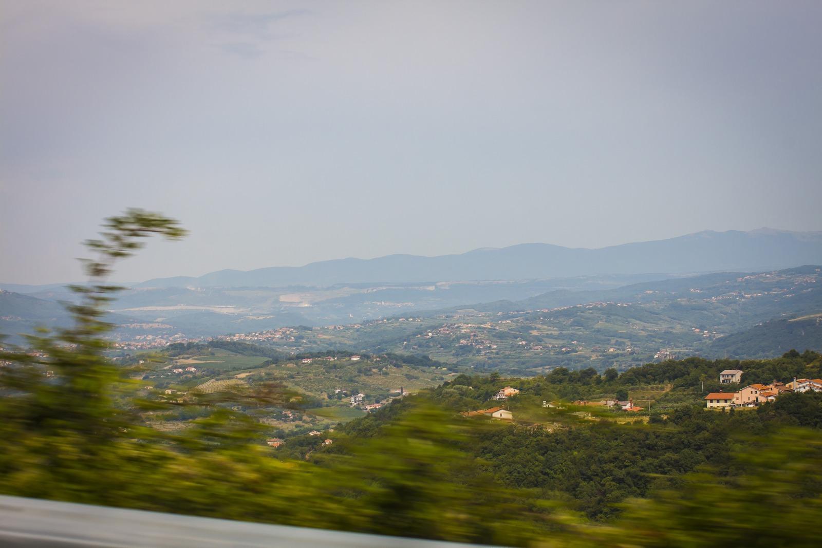 Словения. Перевалили через горы