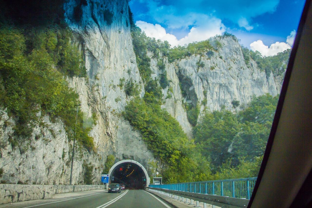 Дороги и туннели Хорвати